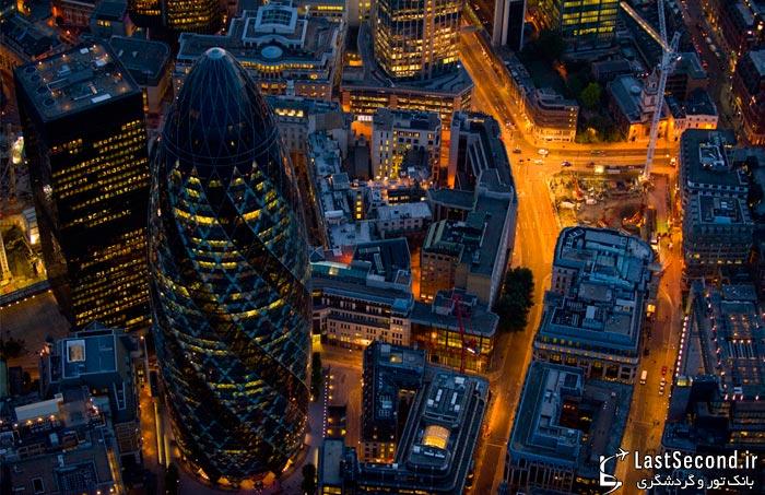 بر فراز لندن در نیمه شب