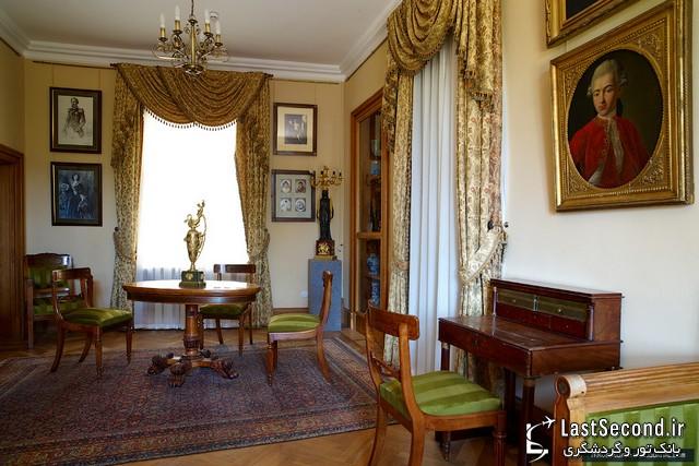 قصر وروتنزوف  ، اکراین