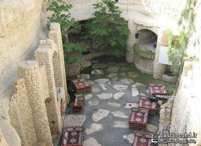 نمایی از شهر زیرزمینی کاریز کیش